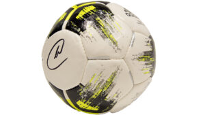 Ersteigern Sie diesen von Manuel Neuer signierten Ball